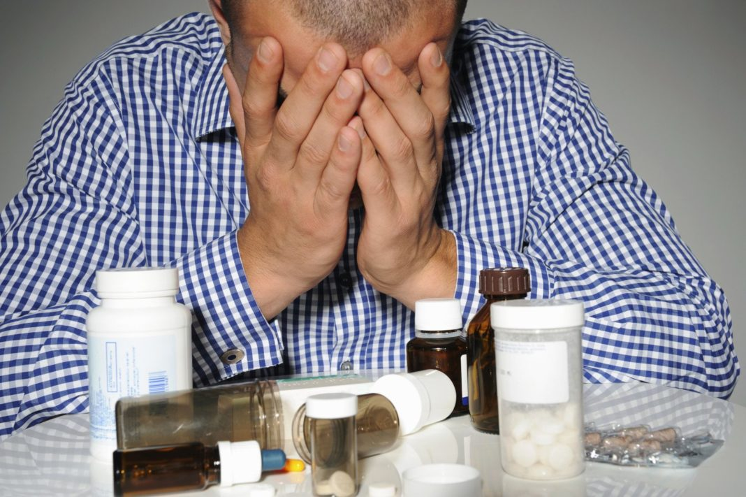 Treatment of alcoholism. Mildronate Phenylpiracetam alcohol